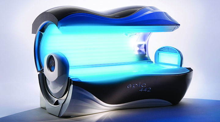 ETS Epic 442 tanning bed open